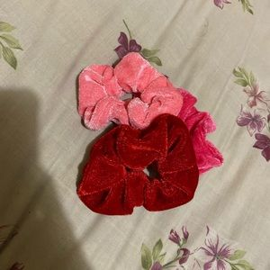Accessories - Set of 3 Velvet Scrunchies